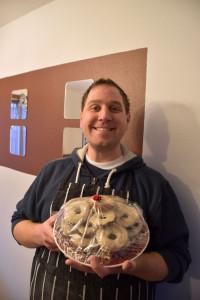 2015-12-23-09-Aaron-Donuts